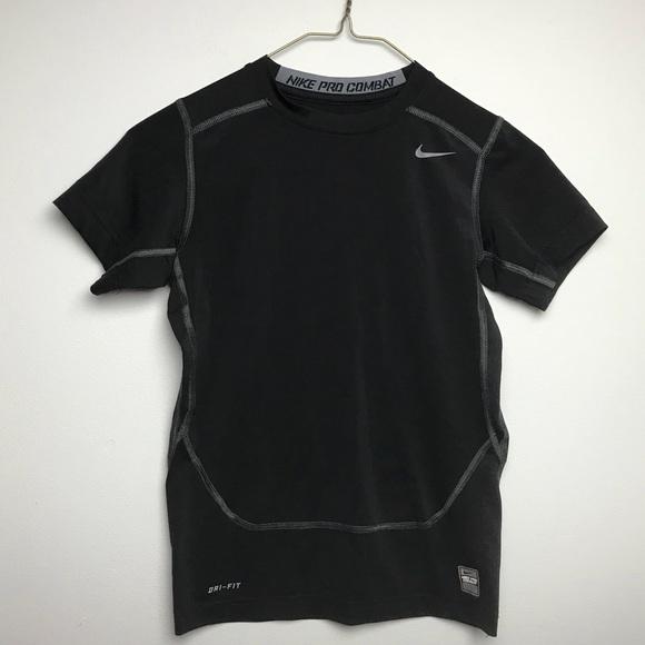 ponerse nervioso Vacante Pacer  Nike Shirts & Tops   Boys Nike Pro Combat Dri Fit Shirt Size L   Poshmark